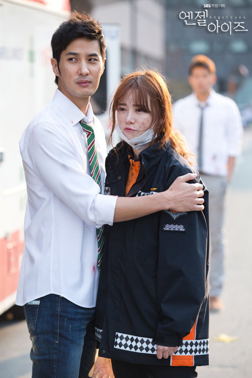 2014-04-24 Fotos oficiales Koo Hye Sun-Angel eyes 02