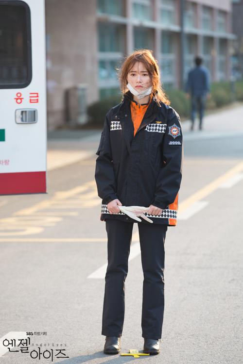 2014-04-24 Fotos oficiales Koo Hye Sun-Angel eyes 05
