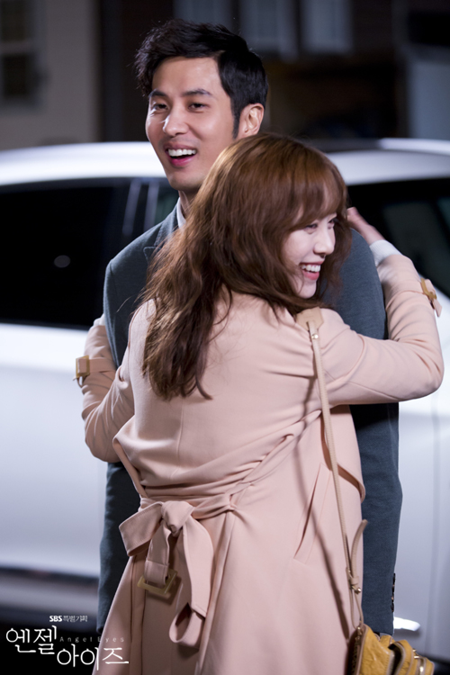 2014-05-08 Fotos oficiales Koo Hye Sun-Angel eyes 19